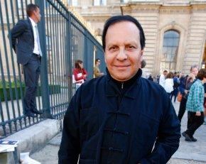 The Latest: Celebrities mourn death of fashion iconAlaia