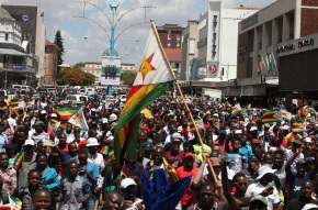 Zimbabweans say Mugabe must quit now, but more talksplanned