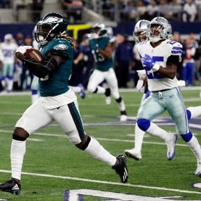 Wentz, Eagles roll over Cowboys 37-9 after losingkicker