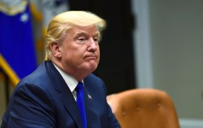 Trump retweets videos purporting to show violence byMuslims